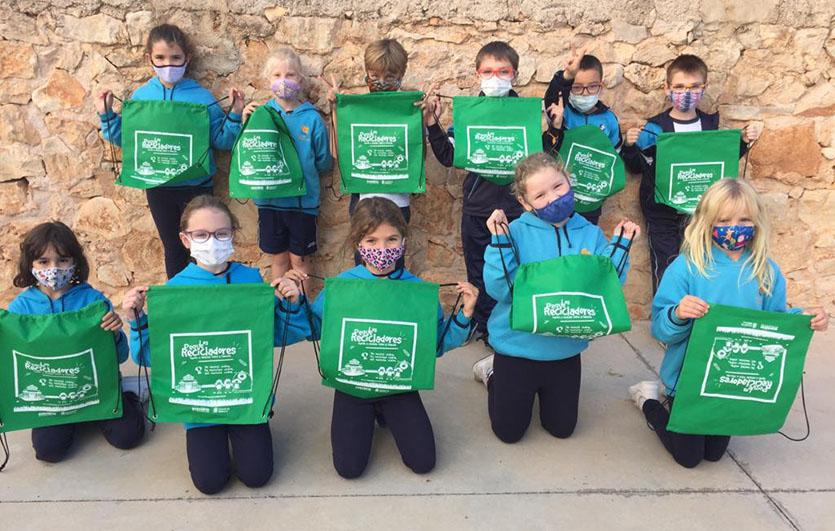 Los-Peque-Recicladores-Mallorca-Ecovidrio-Ecosilvo-Comunicación-y-Marketing-Ambiental